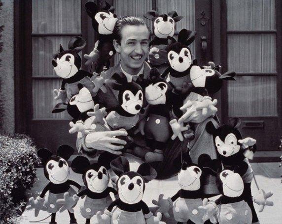 Mickey Cumple 3