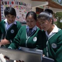 Red Dorsal Nacional promueve alfabetización digital en el país