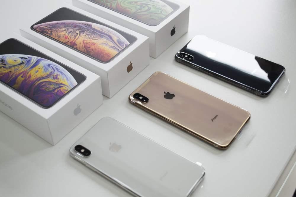 iPhoneXSMax_MercadoLibrePerú_A.jpg