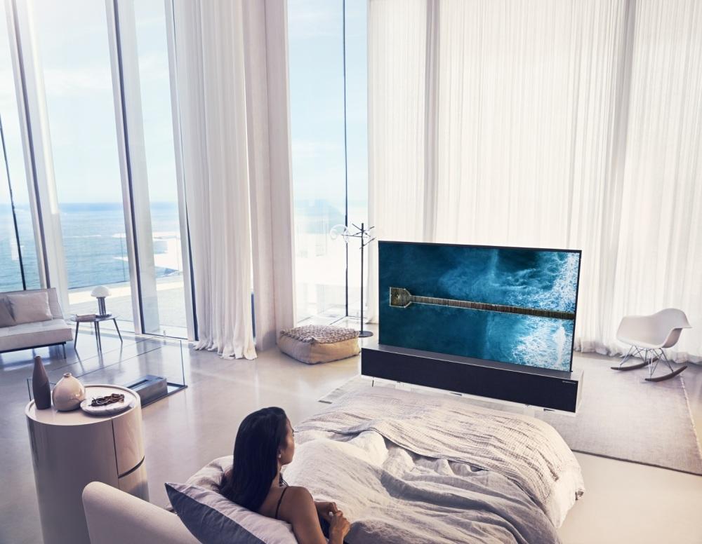 LG OLED TV R Full.jpg